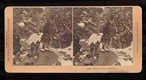 On their way to Klondyke. 12725 (Alaska): Stereoview] Kilburn, B.