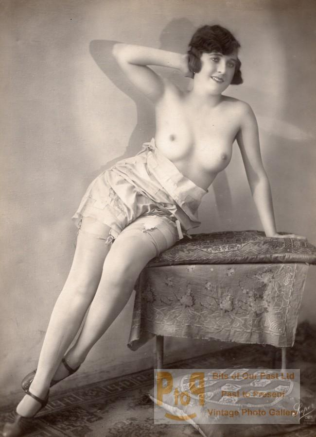 Woman nude study risque France old Photo Super 1920' SUPER