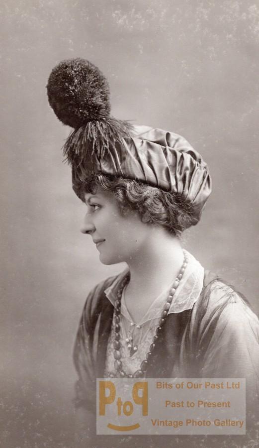Woman_Parisian_Hat_Fashion_France_old_Talbot_Photo_1910_TALBOT_Studio__