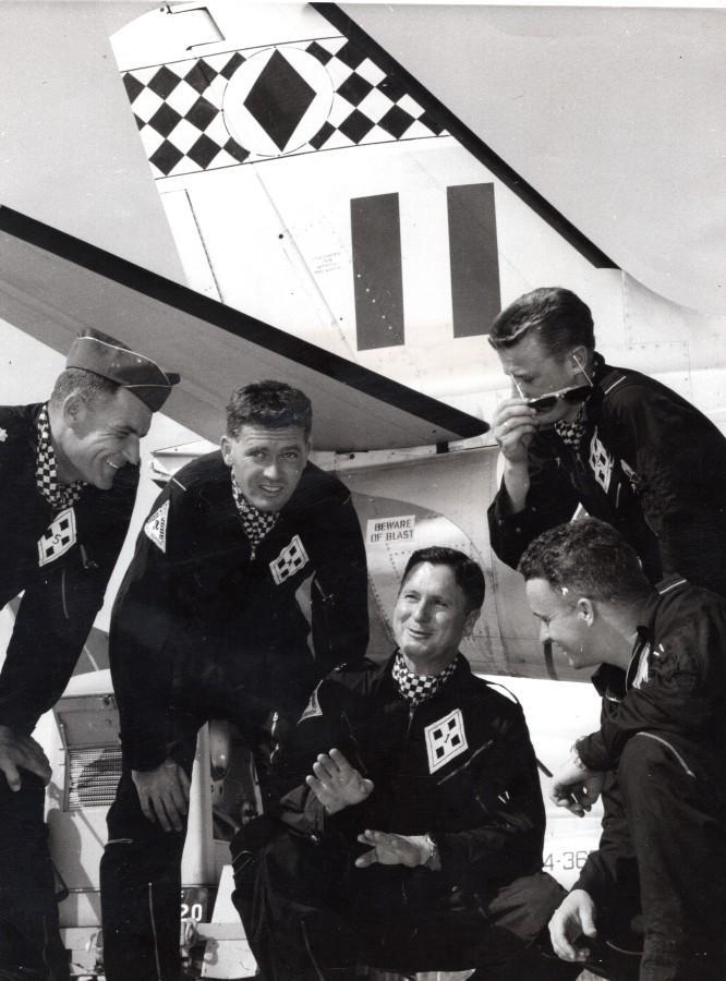 Australia_RAAF_Black_Diamonds_Aerobatics_Team_Named_Aviation_old_Photo_1961_NEWS_SERVICE_Misc__