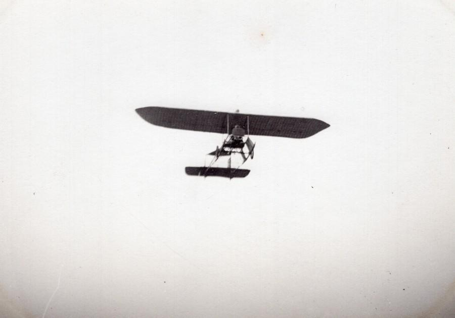France_Aviation_High_Wing_Monoplane_in_Flight_old_Photo_circa_1910_ANONYMOUS_[_]