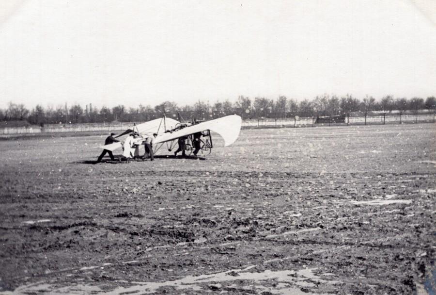 France_Aviation_La_Fregate_Monoplane_De_Lesseps_old_Photo_circa_1910_ANONYMOUS__