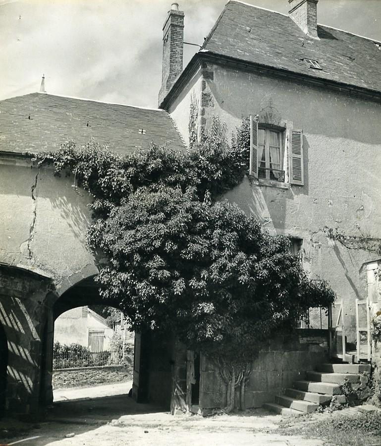 France_Saint_Sauveur_en_Puisaye_Author_Colette_House_Old_Photo_1960_Jean_Marie_Marcel__