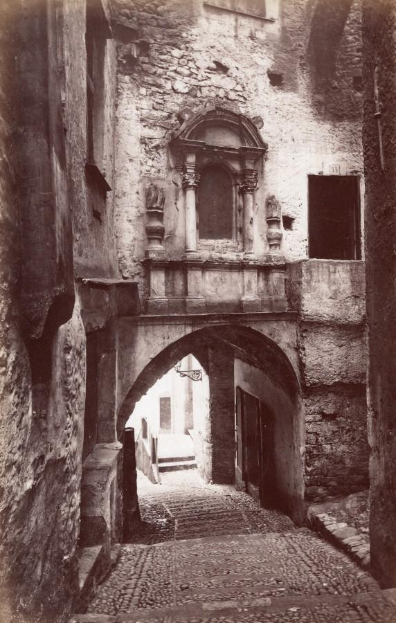 Italy_Sanremo_Old_Town_Steep_Cobbled_Street_Archway_Jean_Gilletta_Photo_1880'_Jean_GILLETTA_[_]
