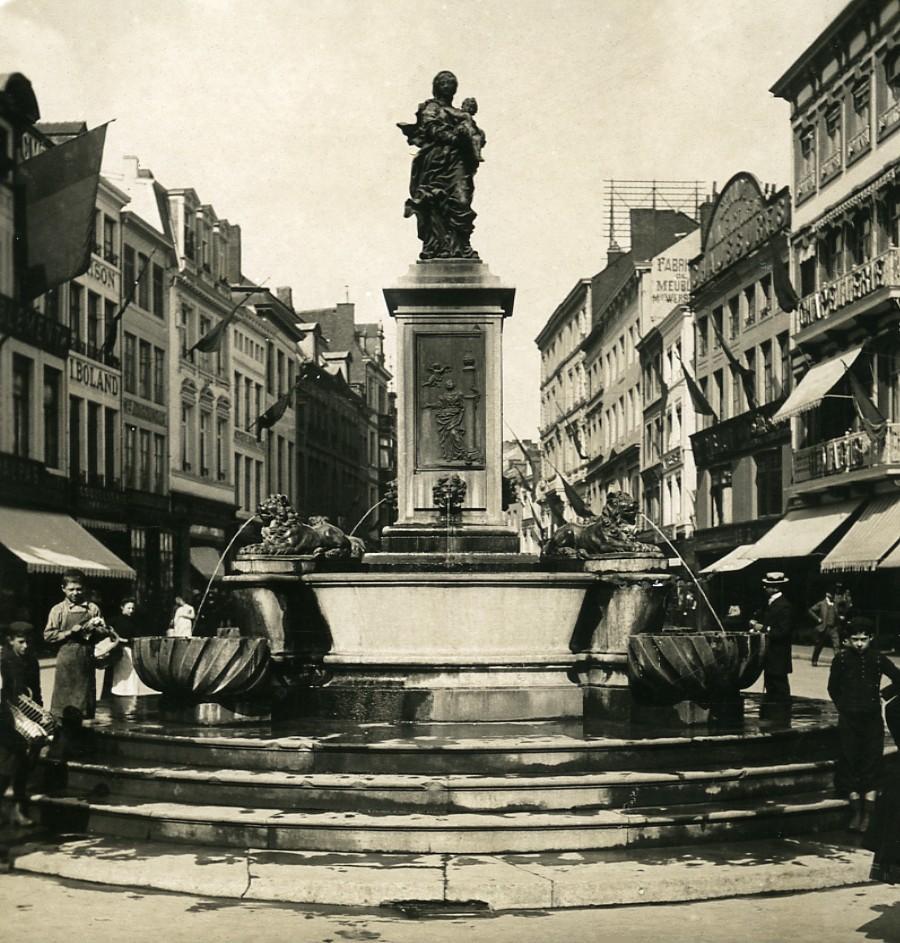 Belgium_Liege_Fountain_of_Virgin_rue_Vinave_dIle_Old_NPG_Stereoview_Photo_1900s_NPG_Neue_Photographische_gesellschaft__