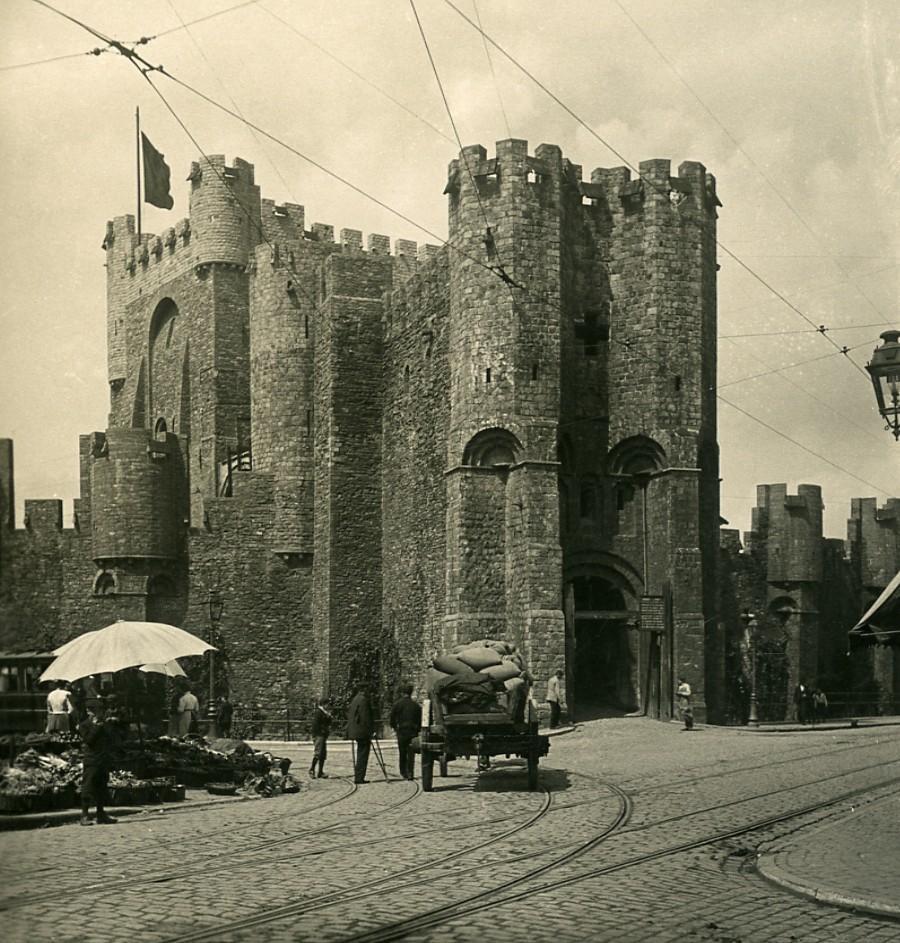 Belgium_Ghent_Gent_Castle_Gravensteen_Old_NPG_Stereoview_Photo_1900s_NPG_Neue_Photographische_gesellschaft__