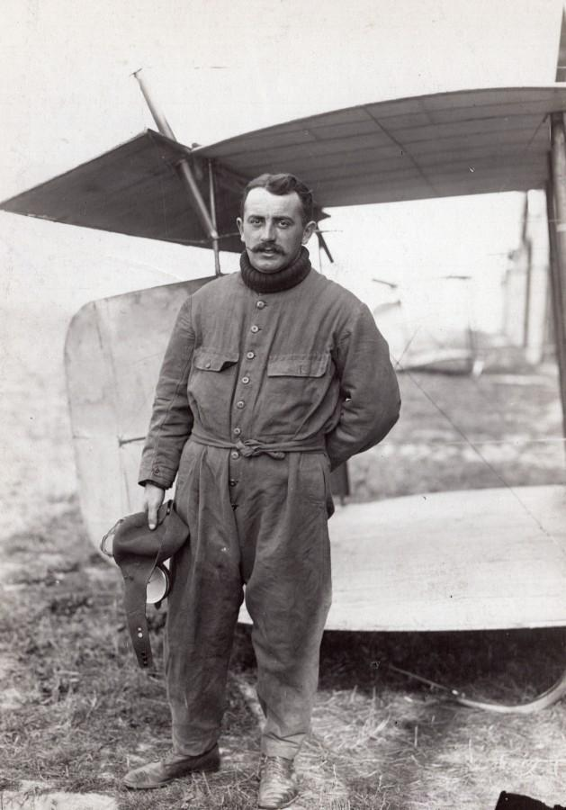 France_Buc_Aviation_Fourny_Maurice_Farman_Biplane_old_Rol_Photo_1911_Agence_ROL__