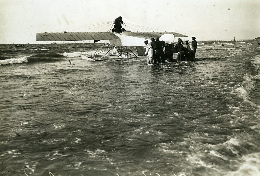 France_Deauville_Aviation_Georges_Chemet_in_his_Borel_Seaplane_Old_Photo_1913_ANONYMOUS__