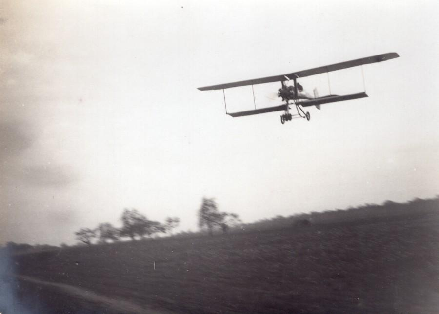 France_Aviation_Breguet__Biplane_in_Flight_old_Photo_circa_1910_ANONYMOUS__