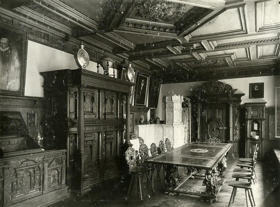 Switzerland_Basel_Museum_interior_Furniture_old_Photo_1900_Anonymous_[_]
