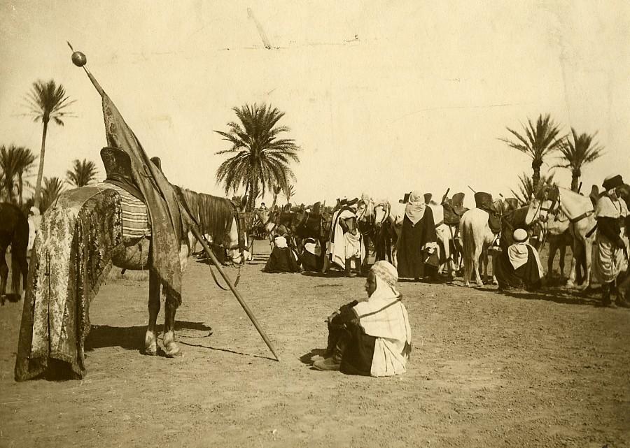 Algeria_Bou_Saada_Horse_riders_Group_old_Photo_1900_Anonymous__