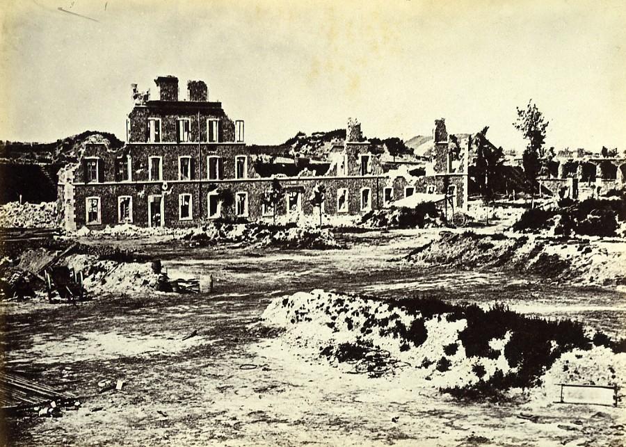 Siege_of_Paris_Commune_Ruins_Fort_de_Montrouge_Old_Liebert_Photo_1870_G_LIEBERT__