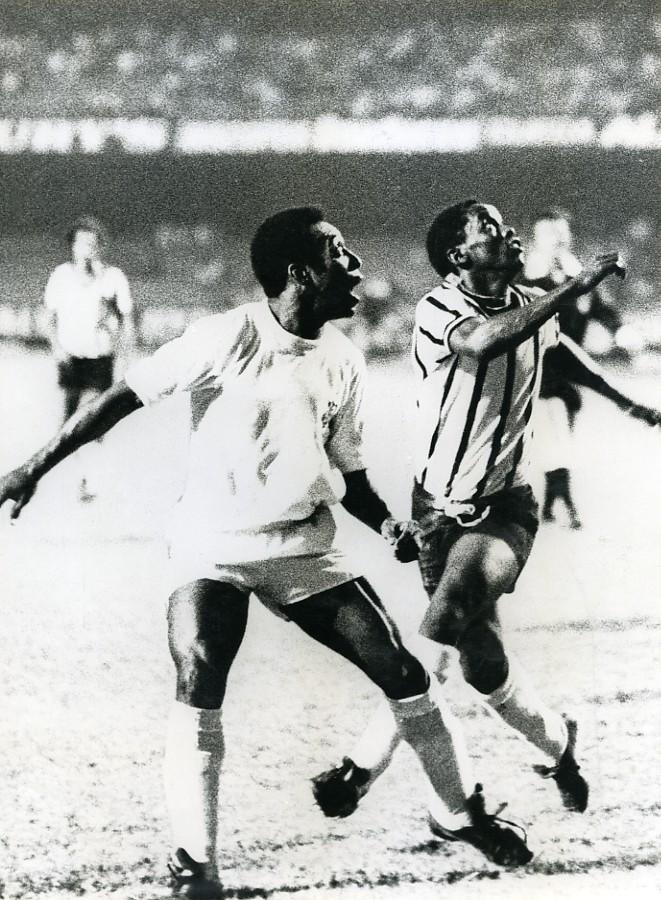 Sports_Football_Edson_Arantes_do_Nascimento_Pelé_Old_Photo_1970_ANONYMOUS__