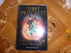 I Shall Wear Midnight: A Discworld Novel: Terry Pratchett
