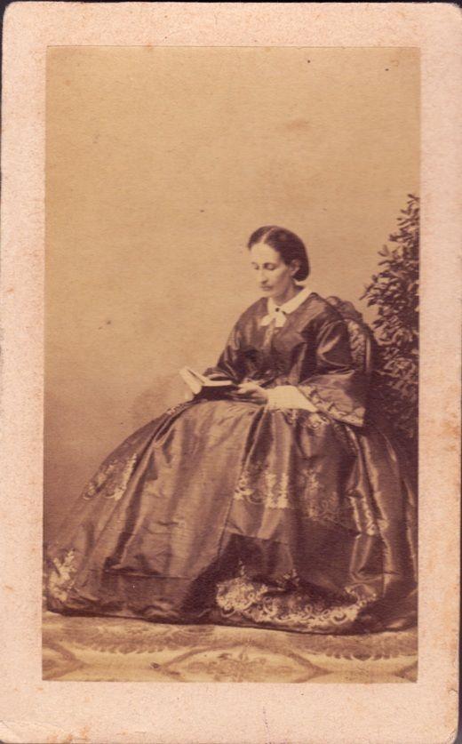 Florence Woman In Crinoline Reading A Book Carte De Visite 1860 Metzger Firenze Vi41
