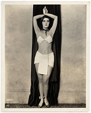 Photograph Half-naked woman posing orientalist by Strand NY Original silver photo 1930 L555