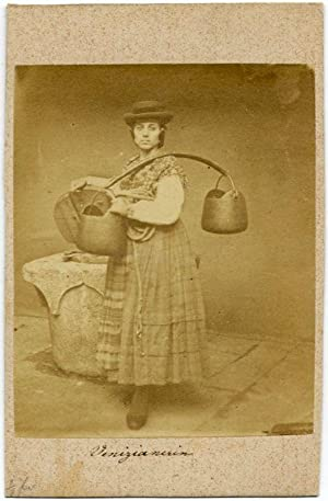 Carte de visite Venice Woman in traditional costume Water carrier 1870c Venezia Ponti (?): Carlo ...