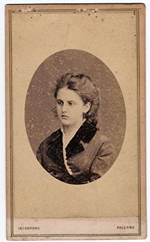 Carte de visite Palermo Portrait of a serious thoughtful woman Photo Incorpora 1860c S687