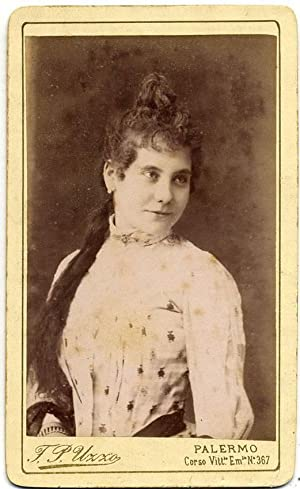 Carte de visite Theater Actress or Opera singer not identified 1890c F. P. Uzzo Palermo S236