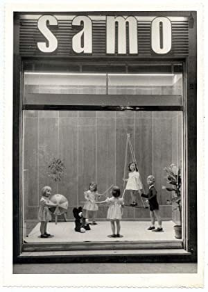 Photograph Eugenio Bronzetti Shop window SAMO with toys Original silver photo 1950c L595