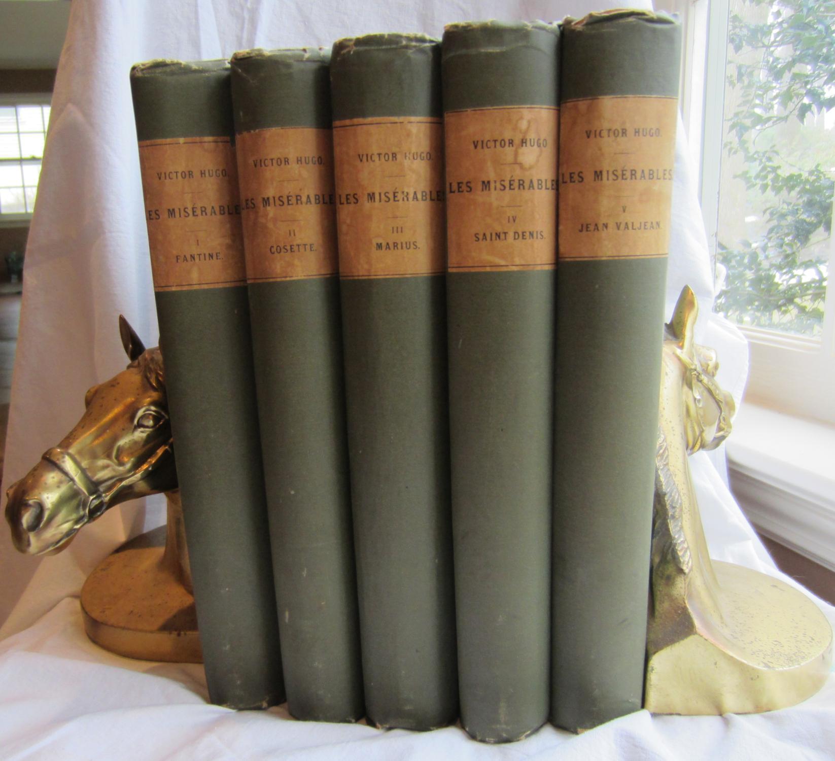 LES MISERABLES, Five (5) HC Volume set: Victor Hugo