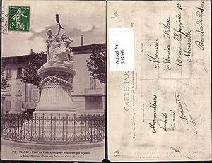 364681,Statue Orange Place du Theatre Antique Monument