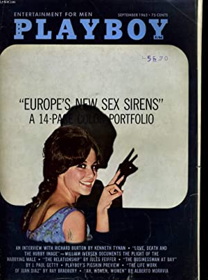 """PLAYBOY ENTERTAINMENT FOR MEN N° 9 - """"EUROPE'S NEW SEX SIRENS"""" A 14 PAGES COLOR ..."""