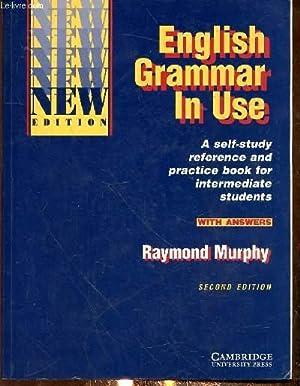 ENGLISH GRAMMAR IN USE - SECOND EDITION: MURPHY RAYMOND