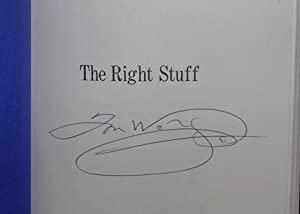 The Right Stuff ( signed ): Wolfe, Tom