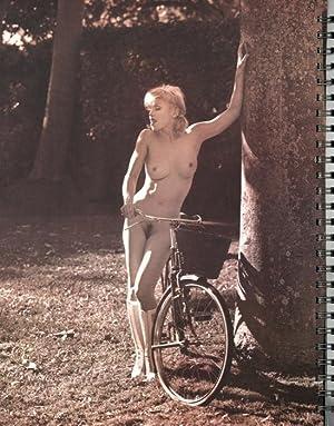 Sex. ( First Edition ~ Nudes ~: Madonna -