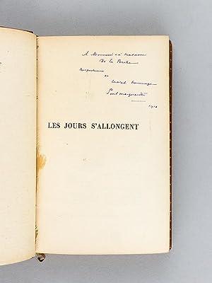 Souvenirs de jeunesse. Les Jours s'allongent. [ Livre dédicacé par l'auteur...