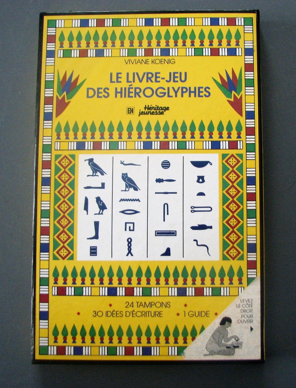 Le Livre Jeu Des Hieroglyphes Un Code Pour