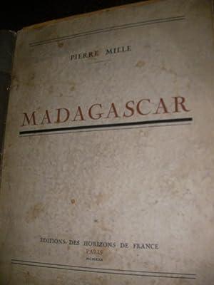 MADAGASCAR: MILLE PIERRE