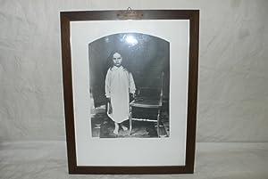Reproduction photographique d'un portrait d'enfant.: CARROLL, Lewis (DODGSON,