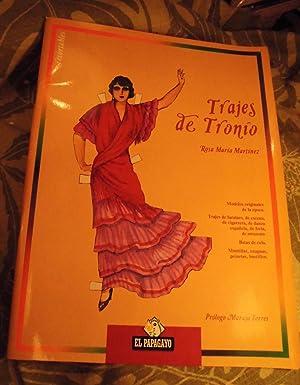 TRAJES DE TRONIO (6 muñecas recortables y sus trajes color) Colecc Cuadernos El Papagayo): ...