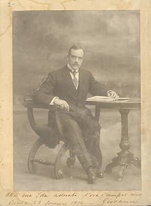 Ritratto fotografico, non firmato, datato 1914, applicato: FOTOGRAFIA].