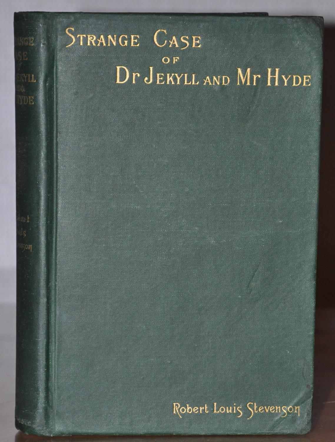 STRANGE CASE OF DR. JEKYLL AND MR. HYDE by Robert Louis