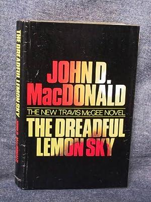 The Dreadful Lemon Sky (Travis McGee, Book 16)