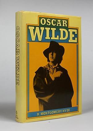 OSCAR WILDE. A Biography.: Wilde, Oscar] Hyde, H. Montgomery