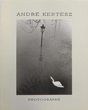 André Kertesz: Photographe. VERY FINE COPY.: Kert�sz, Andr� - Scarpitta, Jean-Paul.