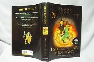 I Shall Wear Midnight : With print: Pratchett, Terry