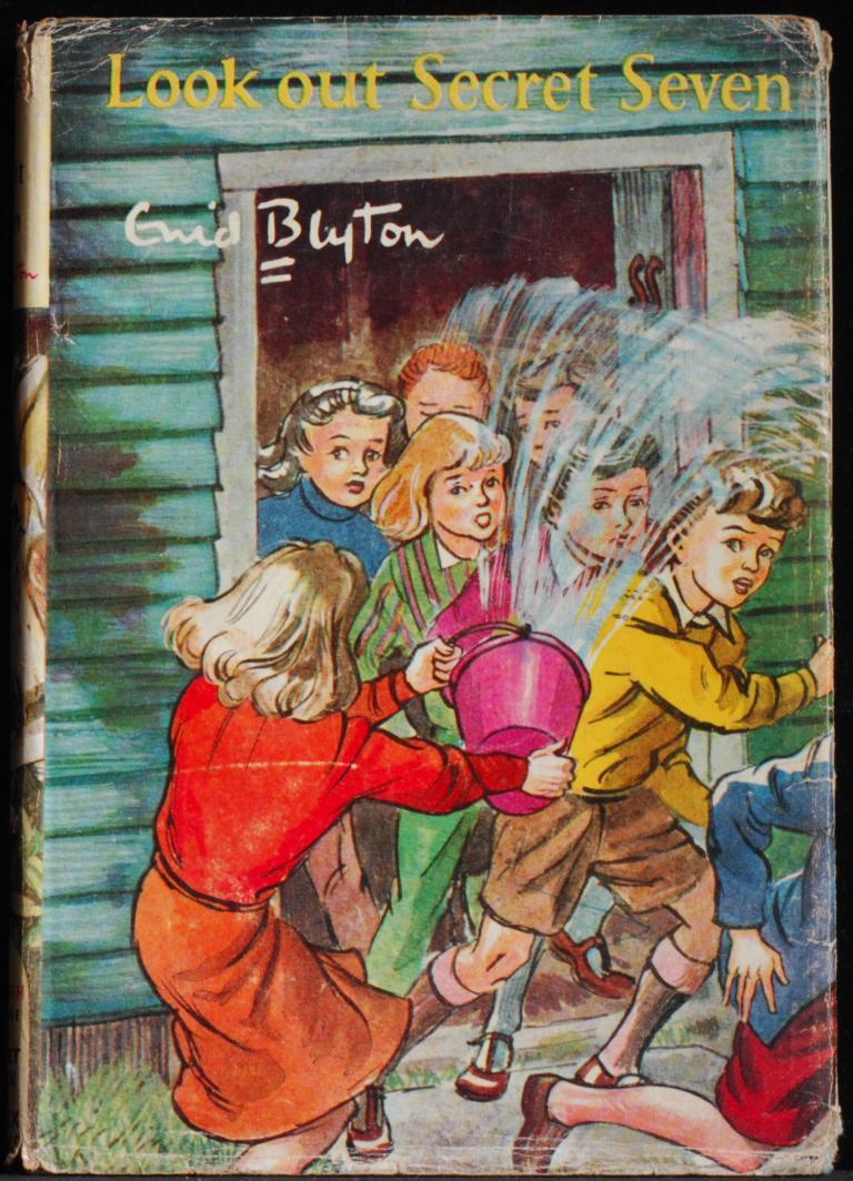 Lookout_Secret_Seven_Blyton_Enid_Very_Good_Hardcover