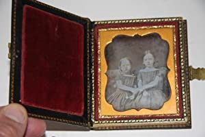 Momento Daguerrotype Photo Laquered Box with Photo of Two Young Girls Inside