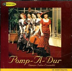 Salut d'Amour.: Pomp-A-Dur. Damen-Salon-Ensemble.