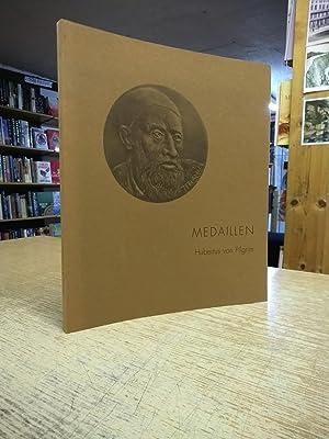Medaillen. Einführung und Katalog Rainer Albert [Paperback]: Hubertus von Pilgrim