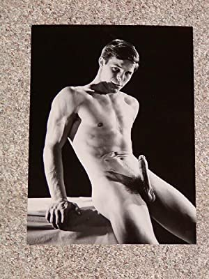 BRUCE OF LOS ANGELES: MALE NUDE BLACK-AND-WHITE: Bruce of Los