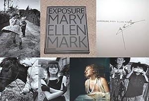 MARY ELLEN MARK: EXPOSURE: THE ICONIC PHOTOGRAPHS: Mark, Mary Ellen