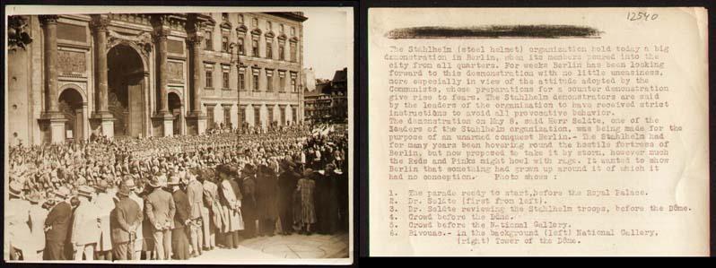 """Aufmarsch des """"Stahlhelm, Bund der Frontsoldaten"""" in: Berlin-Photographie - Stahlhelm."""