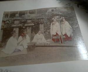 Japan, ein altes großformatiges Fotoalbum, Lackalbum (