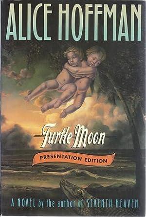 Turtle Moon: Hoffman, Alice